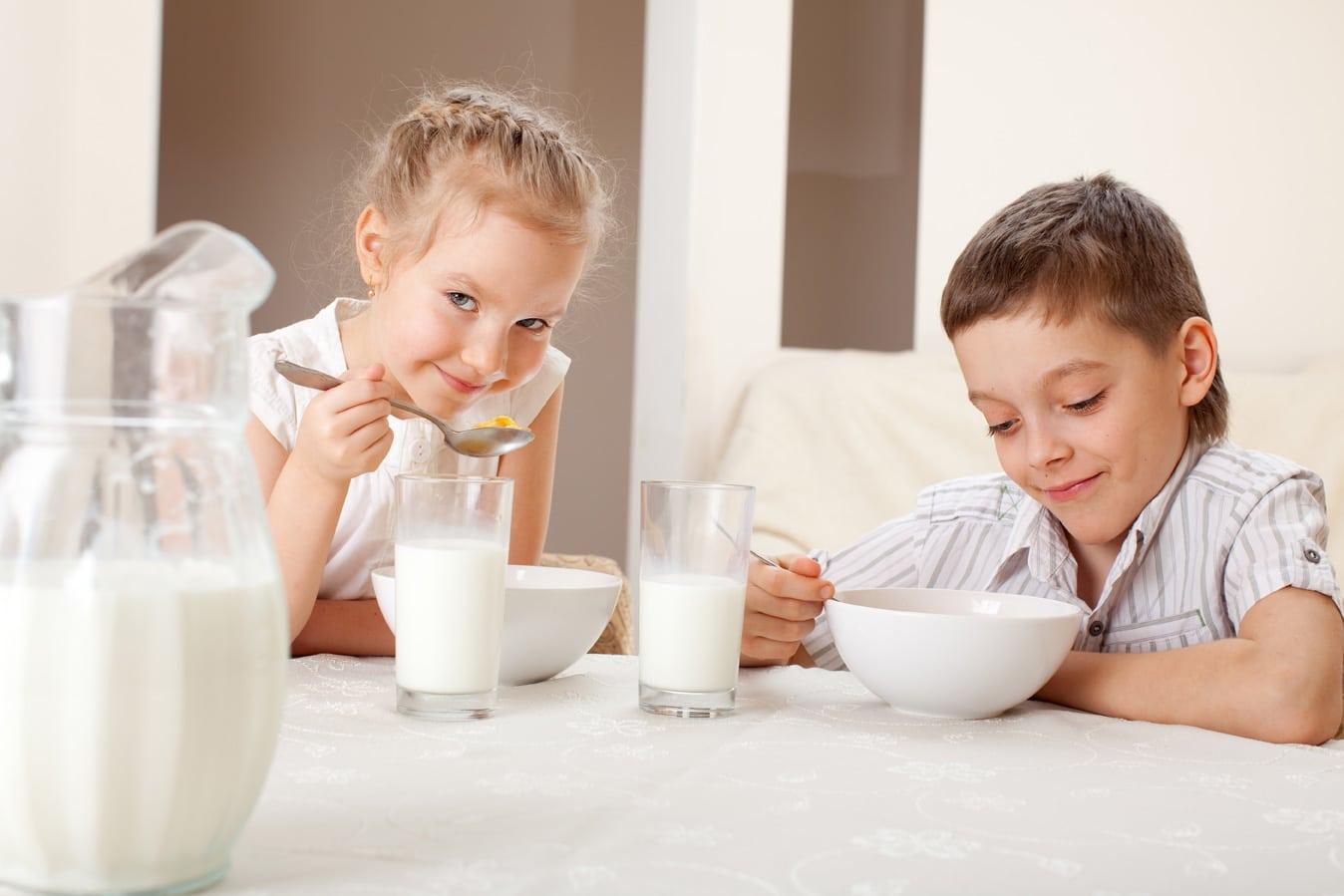 Kefirin faydalarından yararlanmak için ev yapımı olması ve düzenli bir şekilde içilmesi gerekiyor.
