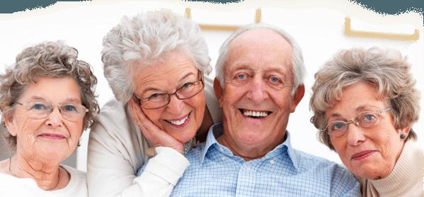 Kefir içen yaşlı insanlar